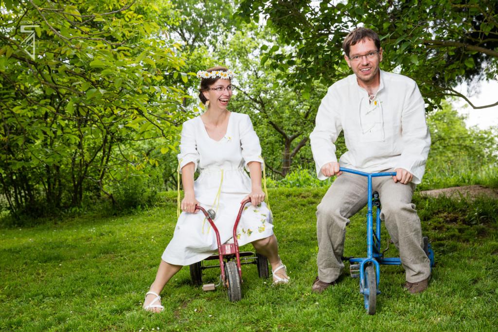 Novomanželé na tříkolkách